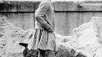 Své děti bohužel neviděl vyrůstat. Nasnímku dcera Anne-Marie čtyři roky pojeho smrti.