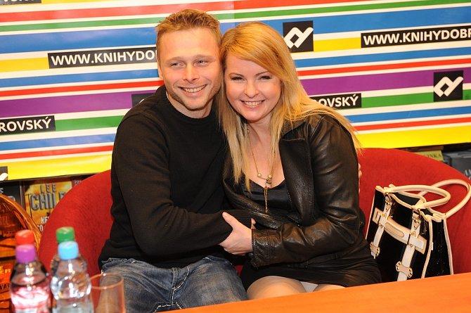 Iveta Bartošová byla s Jarkem Šimkem dlouholetá kamarádka.