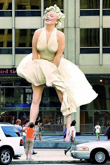 Obří socha Marilyn Monroe