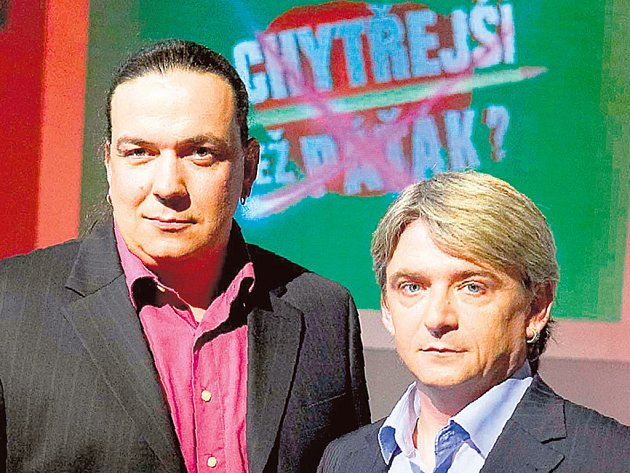 Moderátorská dvojice - Genzer a Suchánek - zaručeně zaboduje i v˙nové vědomostní soutěži.
