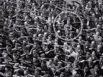 V roce 1936 již byla moc Adolfa Hitlera velká a stále sílila. Tento muž, jehož manželka byla Židovka a byla proto podle nacistů méněcenná, se rozhodl k tichému odporu tím, že pravici prostě nezvedl.