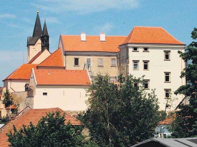 Chvalský zámek bude další chloubou Prahy.
