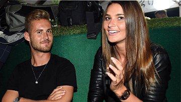Dozvíme se něco z peprné konverzace mezi Nikol a jejím fotbalistou?