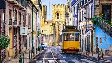 Dobové tramvaje patří k symbolům portugalské metropole.