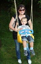 Ilona Csáková se synem