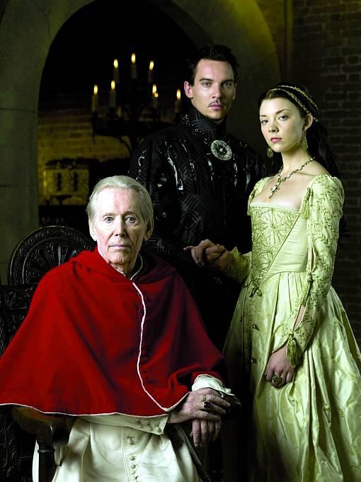 Seriál Tudorovci (2007) a Peter v roli papeže