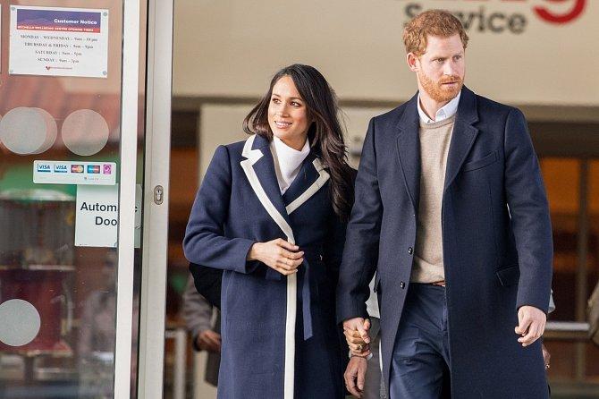 """Meghan a Harry považují obvinění za """"vypočítavou kampaň založenou na nepravdivých a ubližujících informacích""""."""