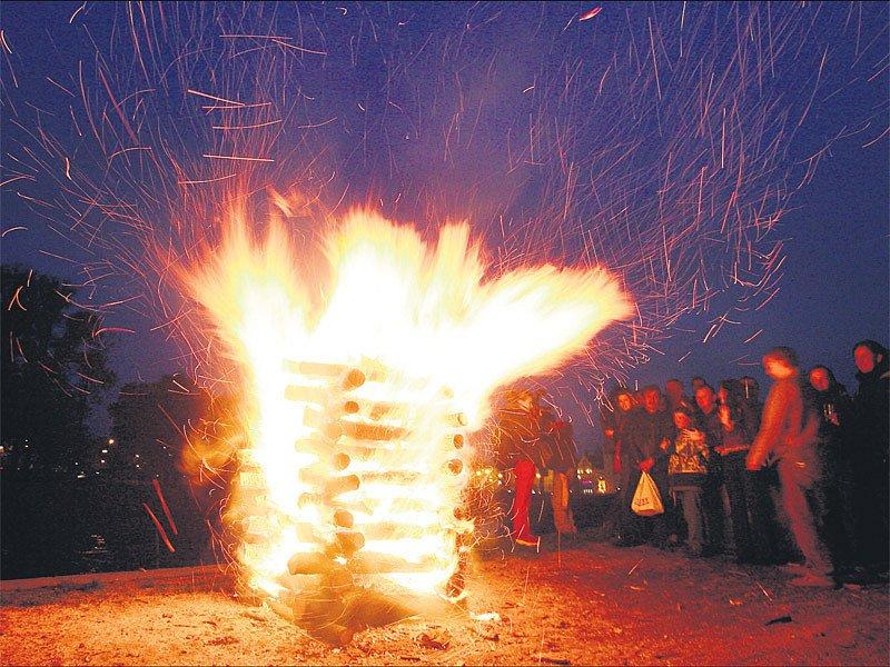 Na takový oheň bychom měli letos raději zapomenout.