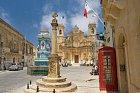 Jako z pohádky! Kostel v městečku Gharb na Gozu.
