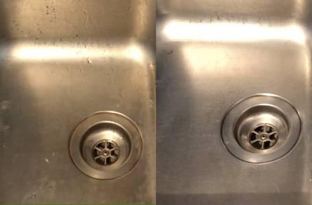 Dřez je po použití citrónu viditelně čistší.