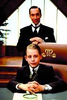 Komedie Sám doma abohatý (1994) se snažila přiživit naúspěchu předešlých filmů. Marně.