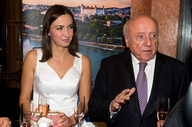 Hudebník po sedmi letech oznámil konec vztahu s malířkou Lucií Gelemovou