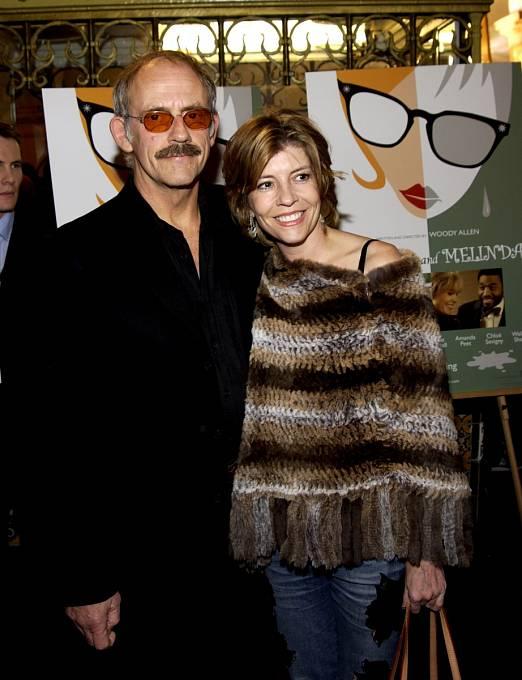 Se čtvrtou manželkou Jane Wood se rozvedl v roce 2005.