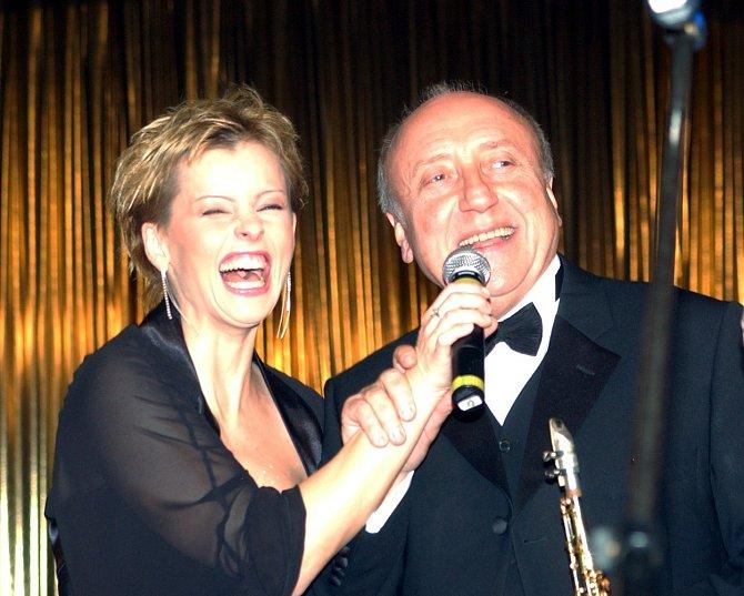 Bartošová zažila tisíc koncertů i televizních show.