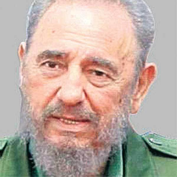 Mobily povolil bratr Fidela Castra Raúl.