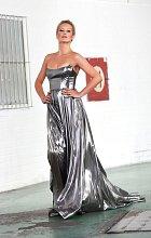 Simona Krainová se předvedla na módní přehlídce.