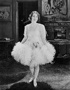 Ten, jehož políčkují (1924), první film studia MGM.