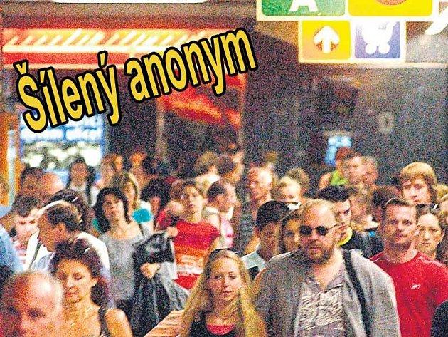 Davy v metru jsou ideálním terčem pro teroristy. Tentokrát se díky bohu jednalo jen o plané vyhrožování.