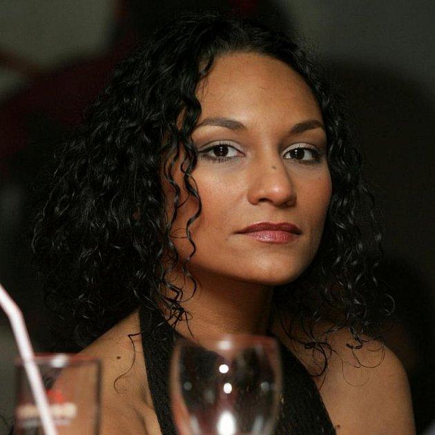 Půvabná mluvčí opustila svou práci krátce po zveřejnění jejího vztahu s Kocábem.
