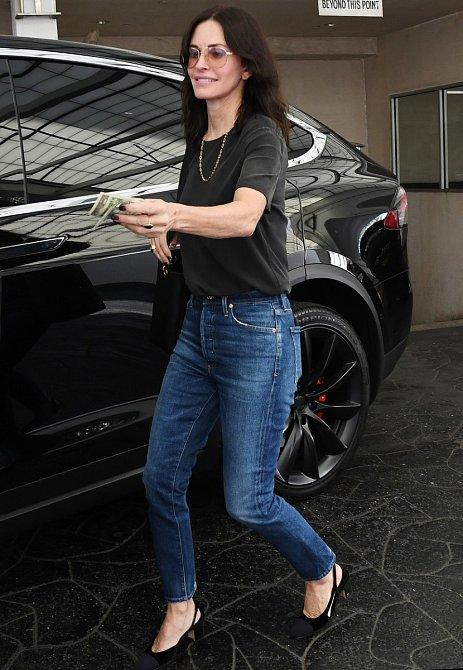 Courteney Cox se nyní konečně dočkala za svou roli Monicy nominace na cenu Emmy.