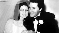 Priscilla na svatbě s Elvisem Presleym.