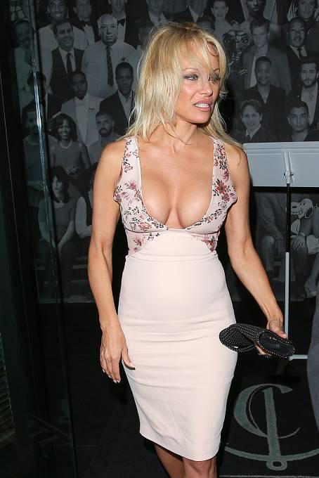 Pamela Anderson je stále sexbomba!