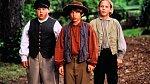 Jonathan (uprostřed) vefilmu Tom aHuck (1995).