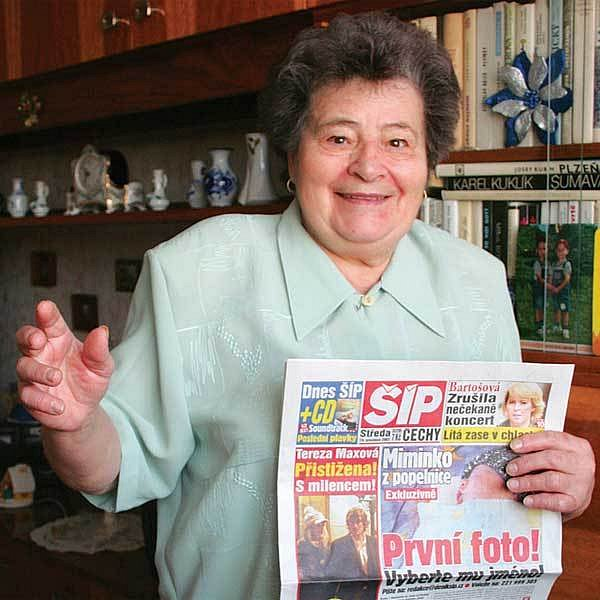 Paní Navarová měla z předplatného deníku Šíp velkou radost.