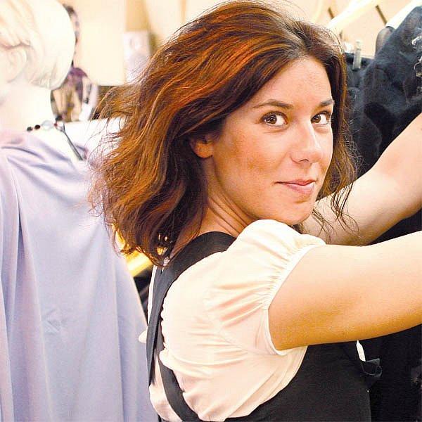 Monika je pravou rukou módní návrhářky Beaty Rajské.