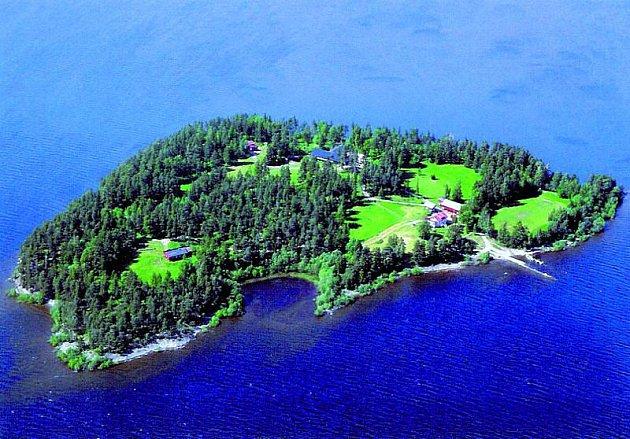 Ostrov Utoya vypadá pohádkově, ale nyní se tam odehrál horor.