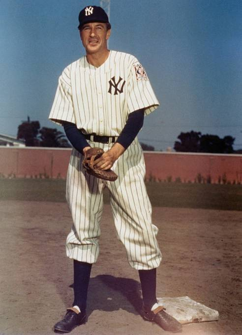 Baseballové dovednosti ukázal vefilmu Pýcha Yankeeů (1942).