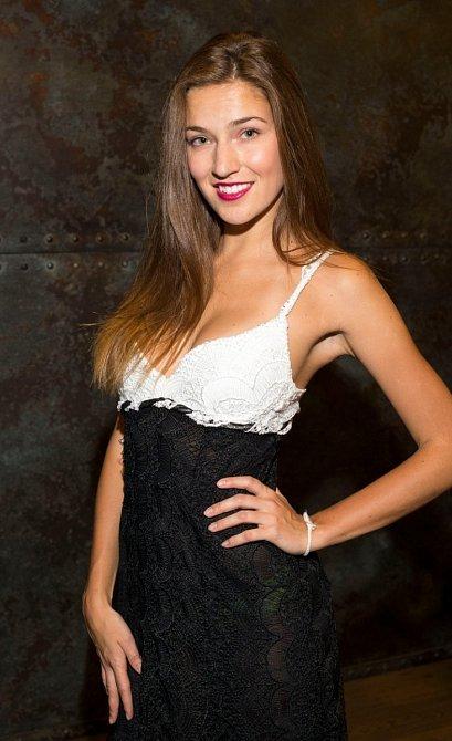 Modelka přiznala, že dříve trpěla se silným akné.