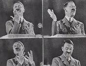 Adolf při trénování své řeči.