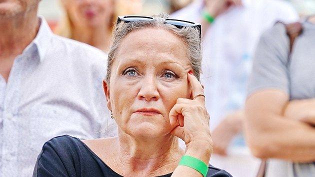 Bára Basiková