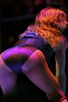 Madonna ho ráda vystrkuje na fanoušky