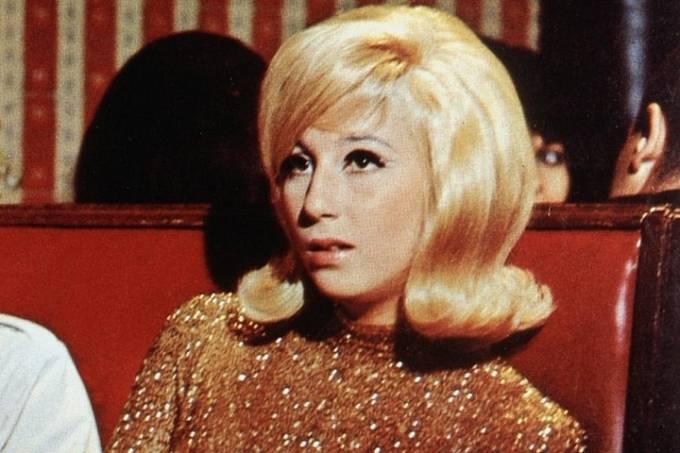 21 let: Před kamerou začínala vmuzikálu Dobré časy (1967).