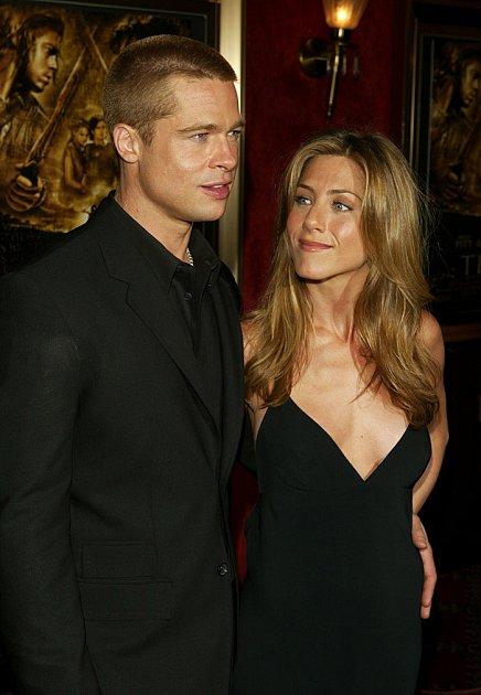 Rachel… pardon, Jennifer Aniston a Brad