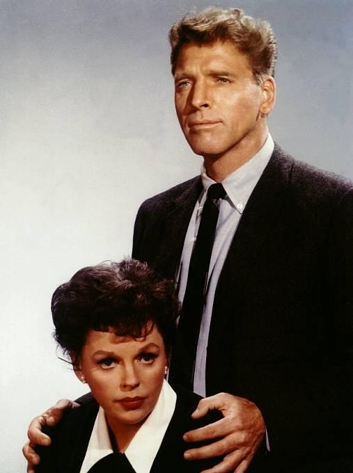 Poslední velkou roli měla poboku Burta Lancastera vdramatu AChild Is Waiting (1963). Pak ji pohltily rozvodové tahanice se třetím manželem.