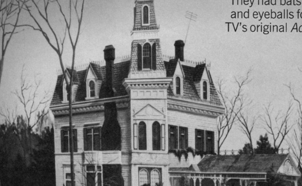 Dům, který ve filmu obývali Addamsovi.