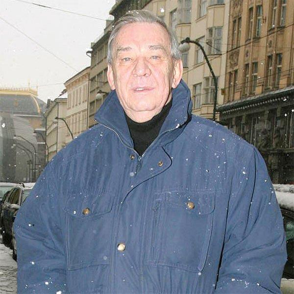 Ještě dnes z Miloslava Dočekala vyzařuje autorita.