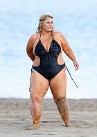 Ajay Rochesterová trávila volno na pláži v Kalifornii.