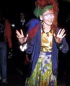 Cyndi Lauper je královna strašných modelů a neomlouval jí ani rok 1984.
