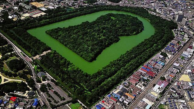 Hrobka najižním předměstí Ósaky nyní funguje jako obří městský park.