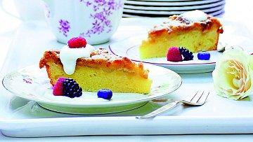 Rebarborový koláč s chřestem