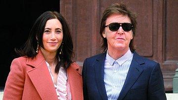 Paul McCartney s manželkou Nancy Shevellovou