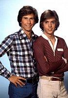 Poprvé se proslavil v seriálu The Hardy Boys (1977).