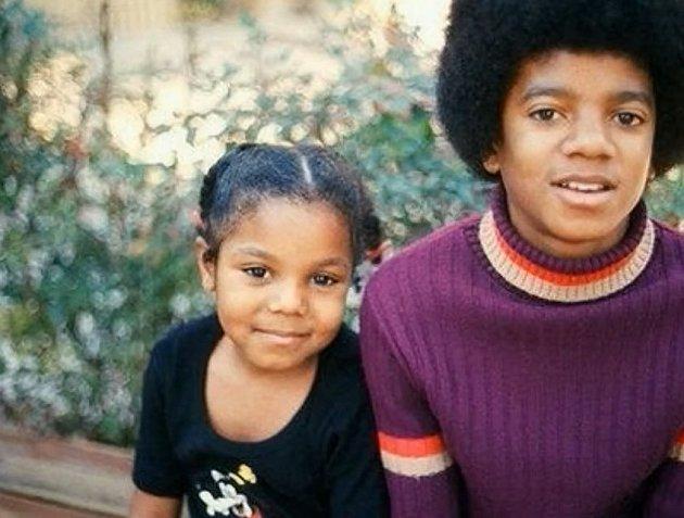 Michael Jackson se svou sestrou Janet.