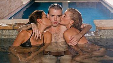 Někdo se k průměrným devíti sexuálním partnerům dopracuje rychleji než jiní.