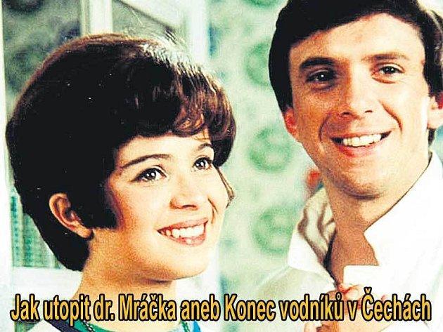 Jaromír Hanzlík jako doktor Mráček a Libuše Šafránková v roli vodníkovy dcery Jany v hlavních rolích komedie Jak utopit dr. Mráčka.