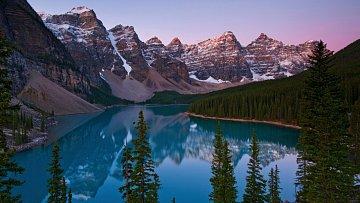 Valley of Ten Peaks - Kanada